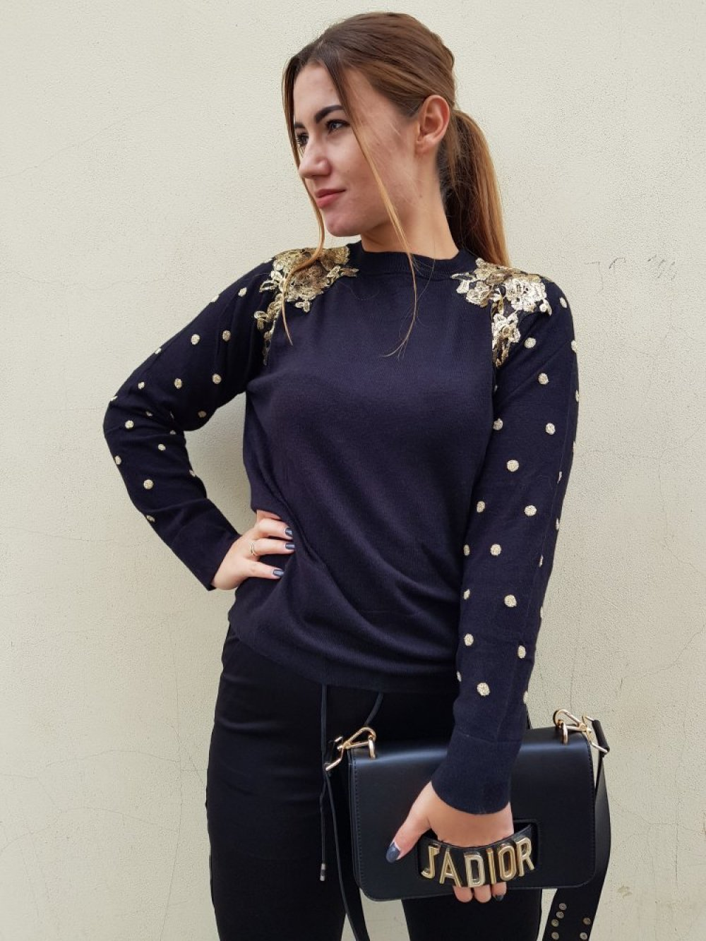 Sweter Dots