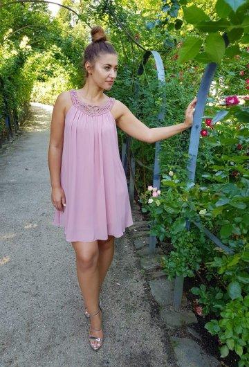 Sukienka Mgiełka Brudny Róż