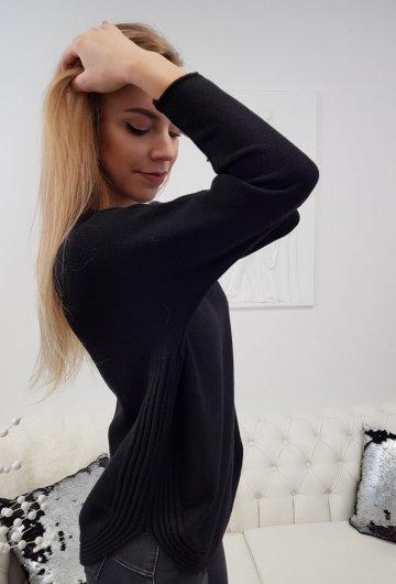 Sweter Półokrągły Czarny 1