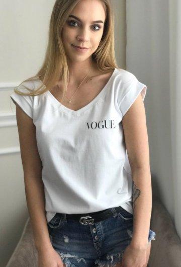 T-shirt Vogue V Biała