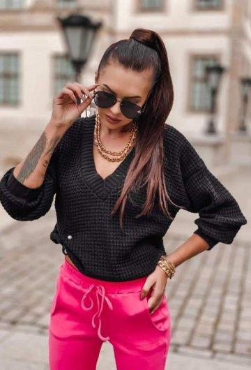 Sweterek z Szpilką 1